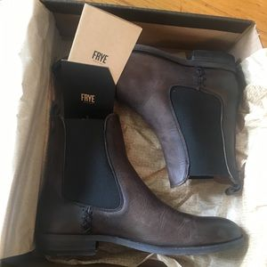 Melissa Frye boots - new in box!!